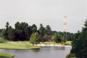 カレドニアン・ゴルフクラブ 13番ホール グリーンと汀のバンカー